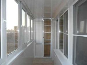 osteklenie-balkonov-i-lodzhij